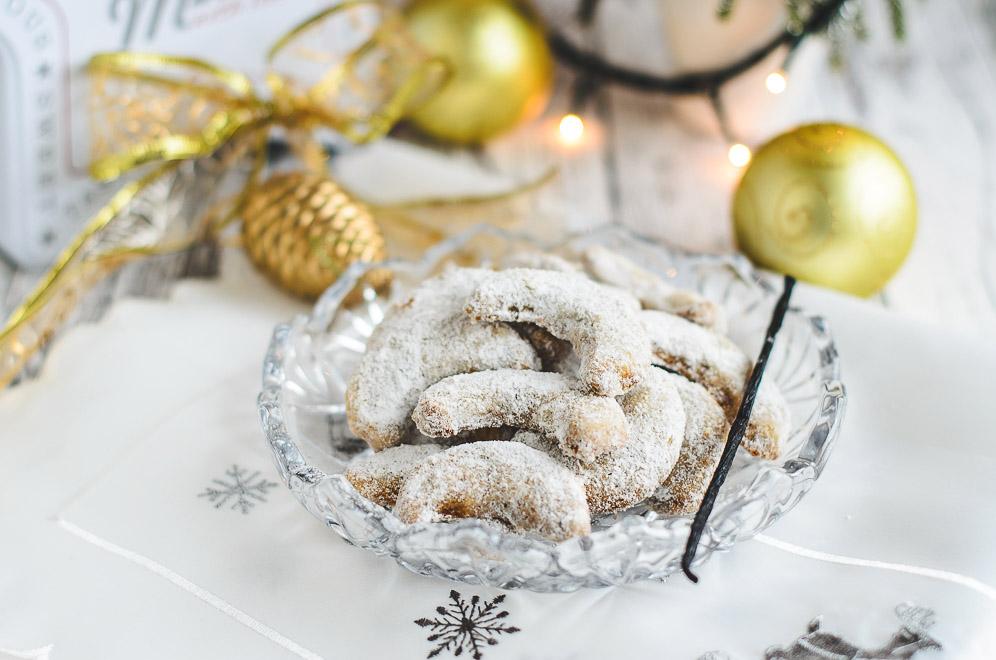 Vanilla Crescent Cookies