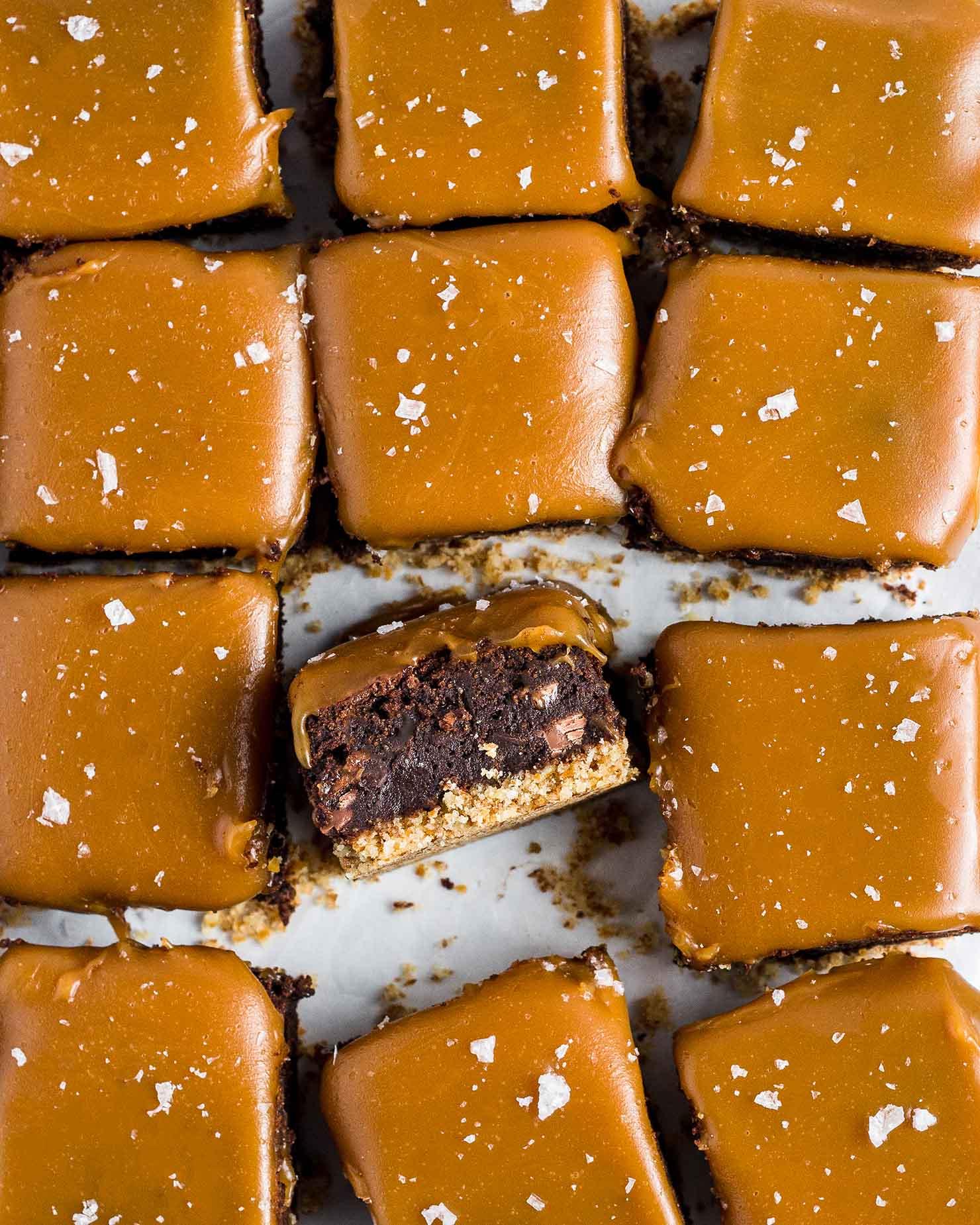 pretzel bottom caramel brownies